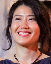 光浦靖子の妹・明子のダンス集団の動画とプロフや顔は?家族(夫・子供 ...
